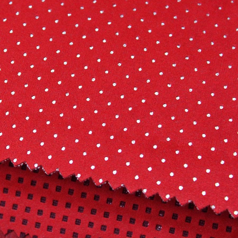 Красная Alcantara