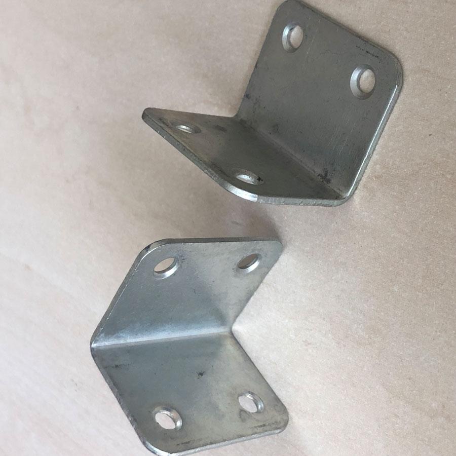 Уголок Ф106 равносторонний 35×35 мм