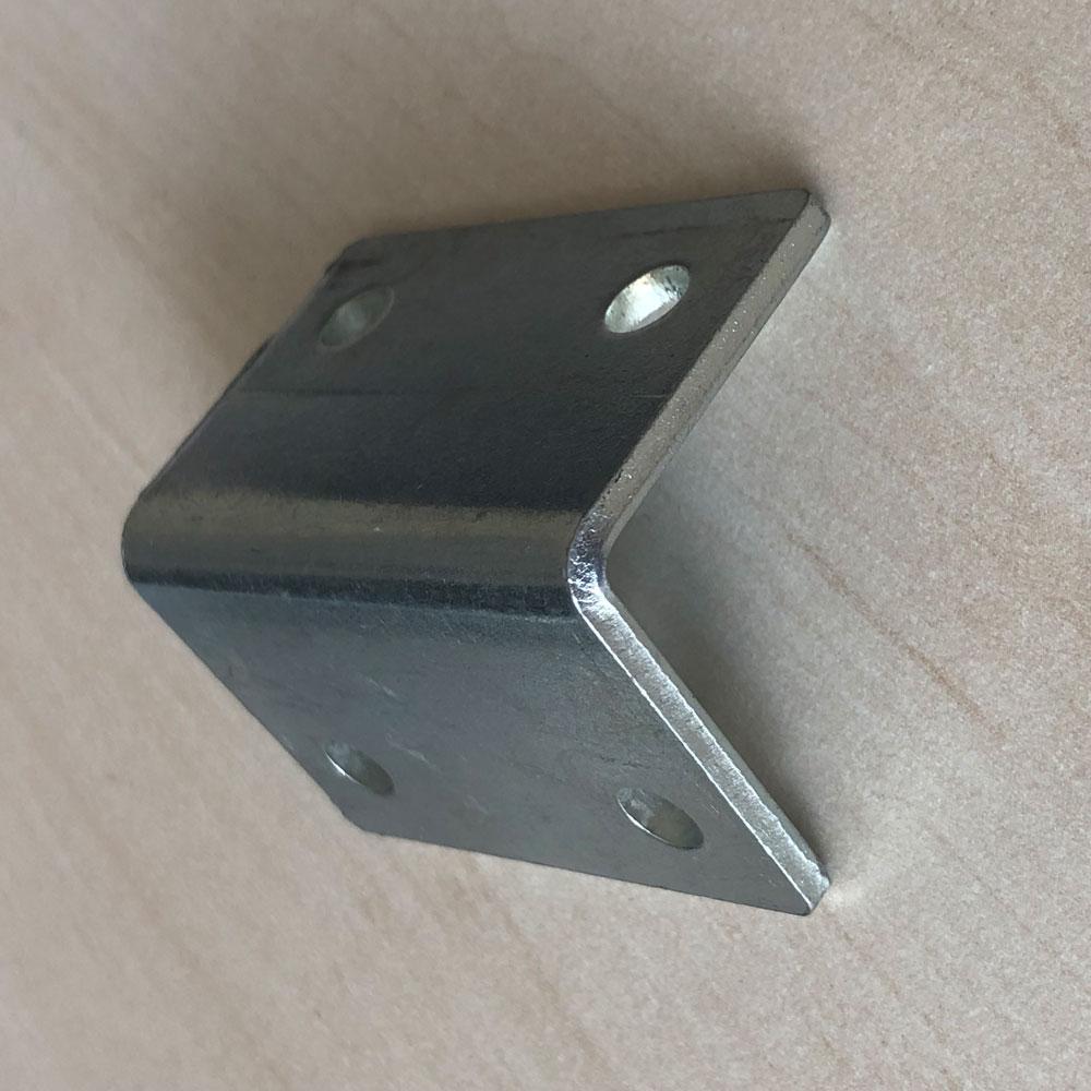 Уголок мебельный №5 40×40 мм